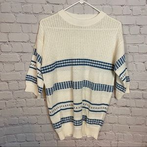 Vintage short sleeve sweater size medium